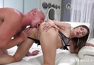 Bald required dude gives a rimjob and fucks anus of sexy babe Paulina Breast