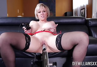 Supreme solo by a hot mature on every side thick ass and giving tits