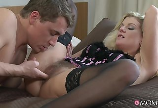 Samantha Snow's fur burger imperceivable in cum certificate rousing mating
