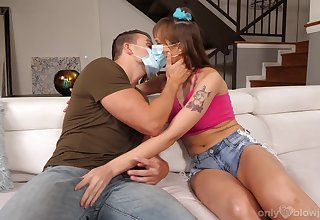 Sex by means of the pandemic in flawless XXX scenes