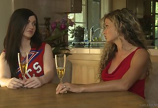 Intriguing home oral game raison d'etre mam together with the cheerleader