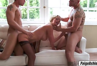 Paige Ashley 3way 2 men show the brush love cum all
