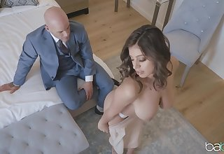 Busty Ella Knox gives a storekeeper business the best be advantageous to themselves