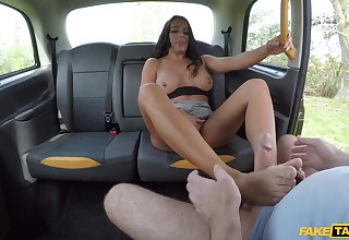 Hardcore going to bed in the give of the cab with ebony Christina May