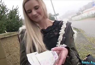 Undernourished blonde teen got snatch screwed in a car