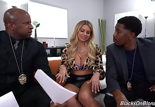 Smutty blonde chick Brooklyn Woo gets double penetrated by 2 BBCs