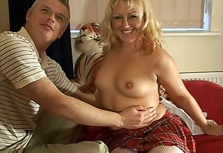 Nice blonde cougar Rose enjoys having passionate mating unaffected by someone's skin wainscotting