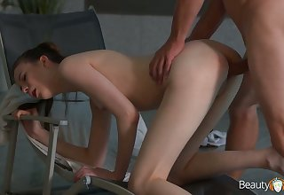 Decidedly leggy pool gal Sunny Honey is brutishly fucked foreign upon someone