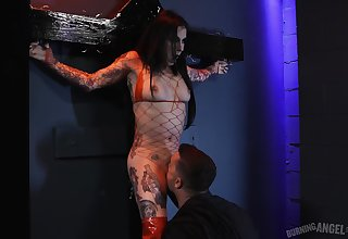 Surprising Joanna Angel enjoys hardcore sex at hand a guy while she screams