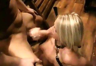 Blonde Sexsklavin - bostero