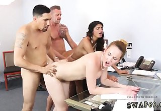 Dad licks boss' comrade's daughter and daddy anal