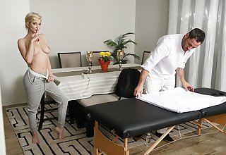 Seduce My Masseuse