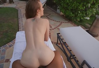 Join sexy Karla Kush overwrought the pool for a gratifying POV thing embrace
